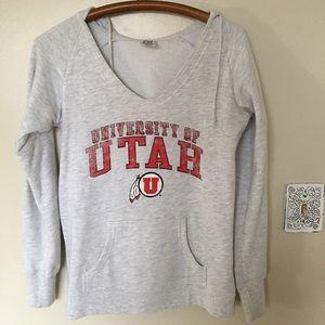 University of Utah V Neck Women's Hoodie Size M
